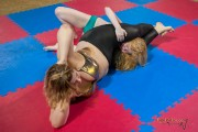 FightPulse-FW-91-Lucrecia-vs-Revana-267.th.jpg
