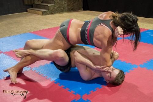 FightPulse-MX-116-Jennifer-Thomas-vs-Peter-091.jpg