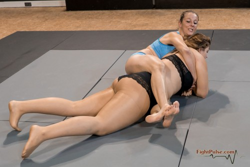 FightPulse-FW-103-Lucrecia-vs-Laila-150-seq.jpg