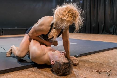 FightPulse-MX-146-Buffy-vs-Karel-170-seq.jpg