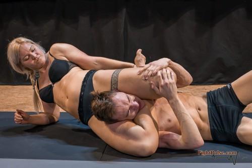 FightPulse-NC-165-Scarlett-vs-Viktor-010-seq.jpg