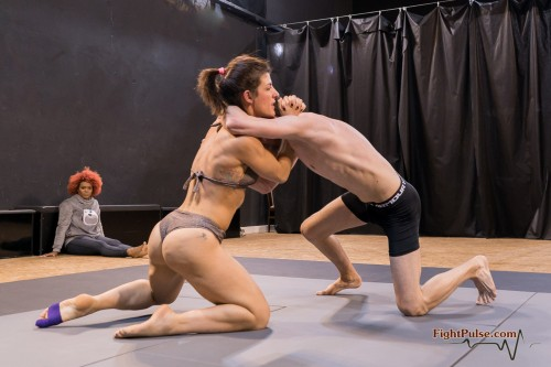 FightPulse-MX-158-Bianca-vs-Luke-MTM3-100-seq.jpg